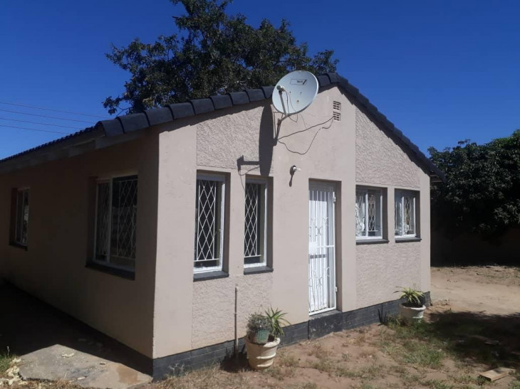 House for Sale in Msasa Park