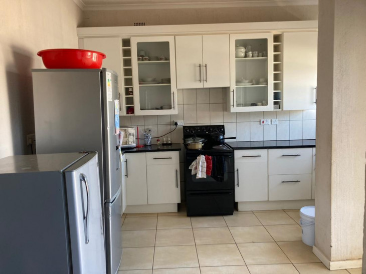 Townhouse/Cluster for Sale in Greendale North